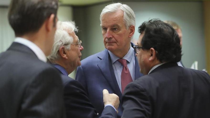 """Barnier asegura que la UE apoya el acuerdo preliminar sobre el """"brexit"""""""