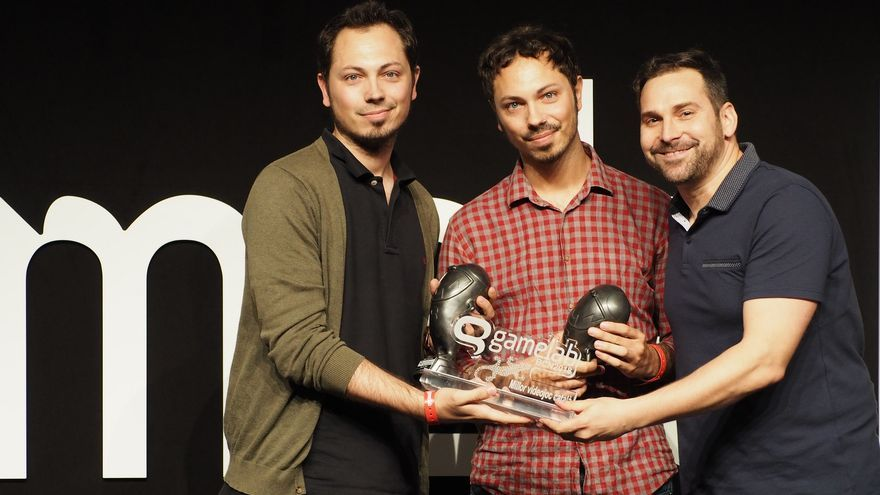 El equipo de Alike Studio, autores de 'Bring You Home'