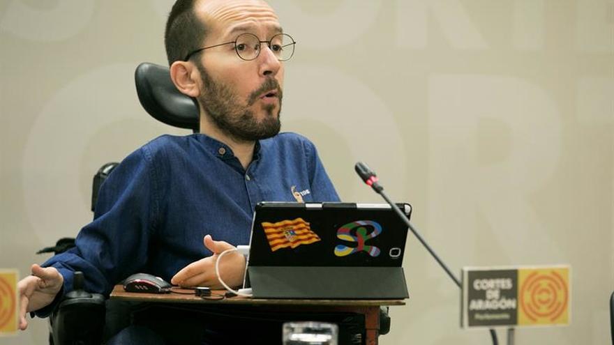 """Echenique dice a Aznar y González que """"Bruselas está más cerca que Caracas"""""""