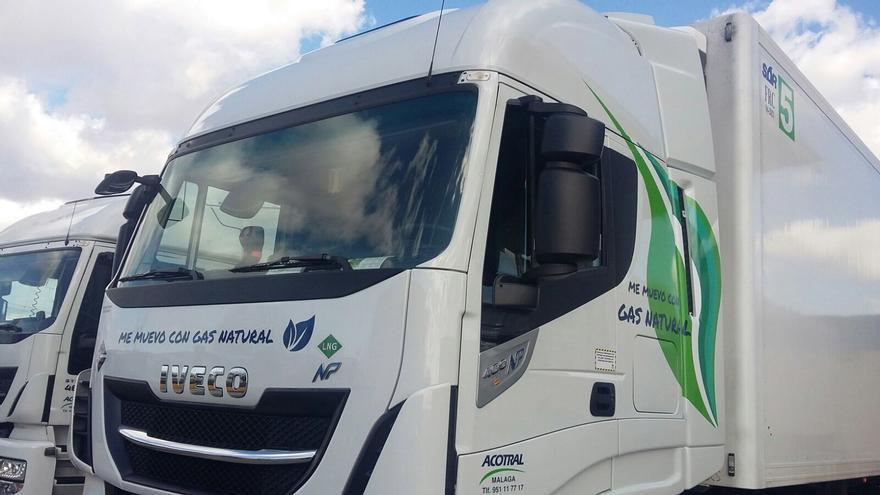 Camiones impulsados por gas que trabajan para Mercadona