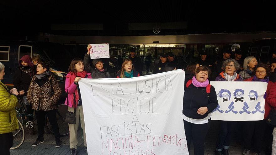 Representantes de la Asamblea Feminista de Benimaclet