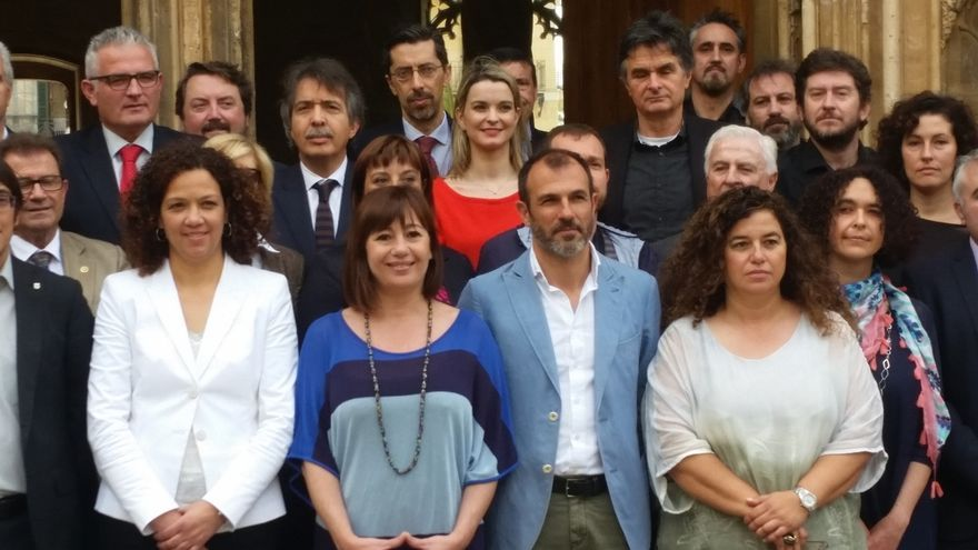 """La presidentea de Baleares califica de """"histórica"""" una reunión sobre el nuevo Régimen Especial para Baleares"""