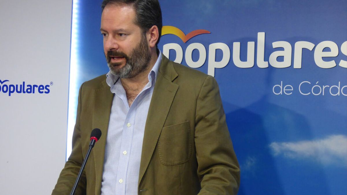 Adolfo Molina.