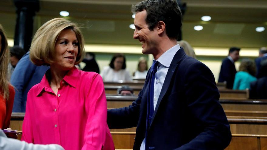 María Dolores de Cospedal y Pablo Casado en el Congreso de los Diputados.