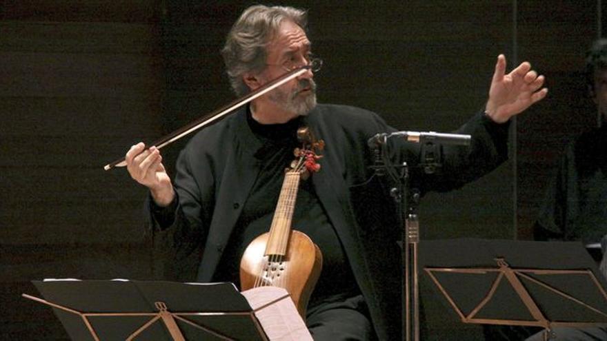 El violagambista Jordi Savall en la celebración de los 40 años de su formación de instrumentos históricos Herspèrion XXI, así como el 25 aniversario de Le Concert des Nations. EFE