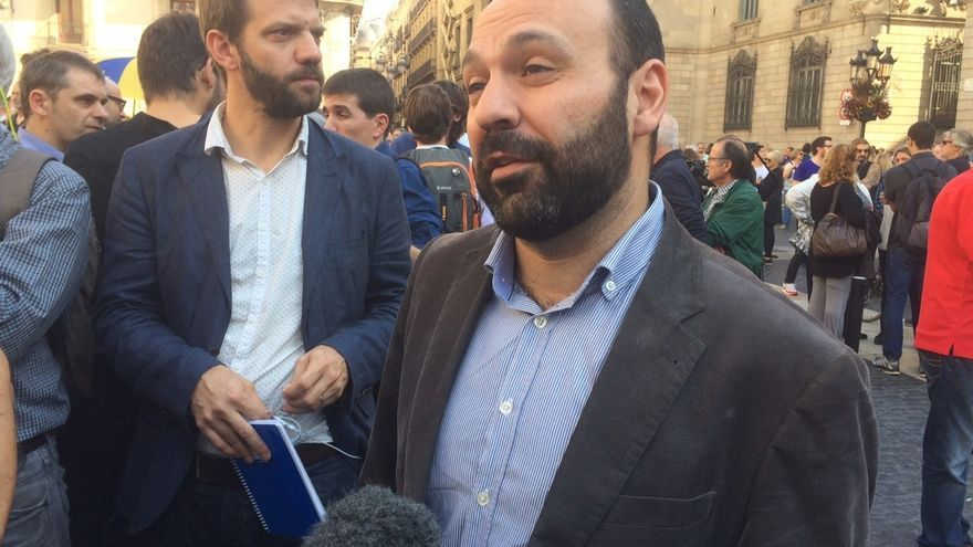 """Òmnium ve intolerable el encarcelamiento y propone una """"gran manifestación"""" para el 12"""