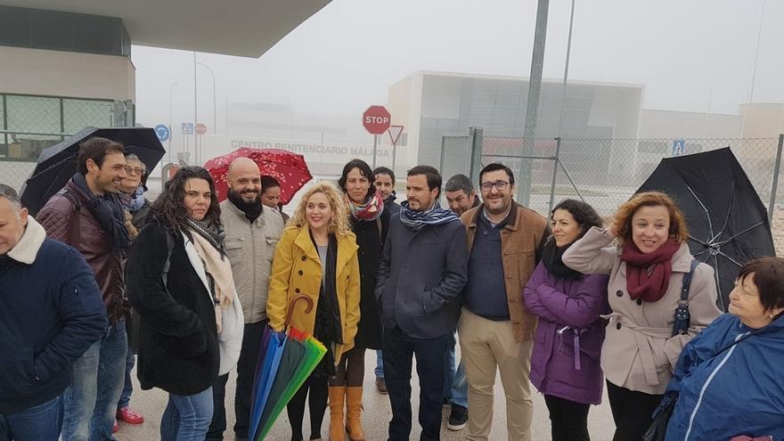 """Garzón (IU) ve """"difícil"""" que Puigdemont gobierne desde Bruselas y un grave error que siga por la vía  unilateral"""