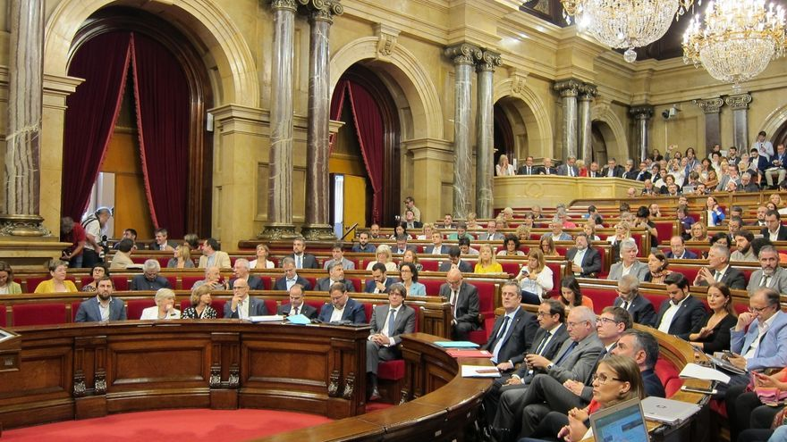 JxSí y CUP buscan evitar que la oposición lleve la ley del referéndum al Consell de Garanties