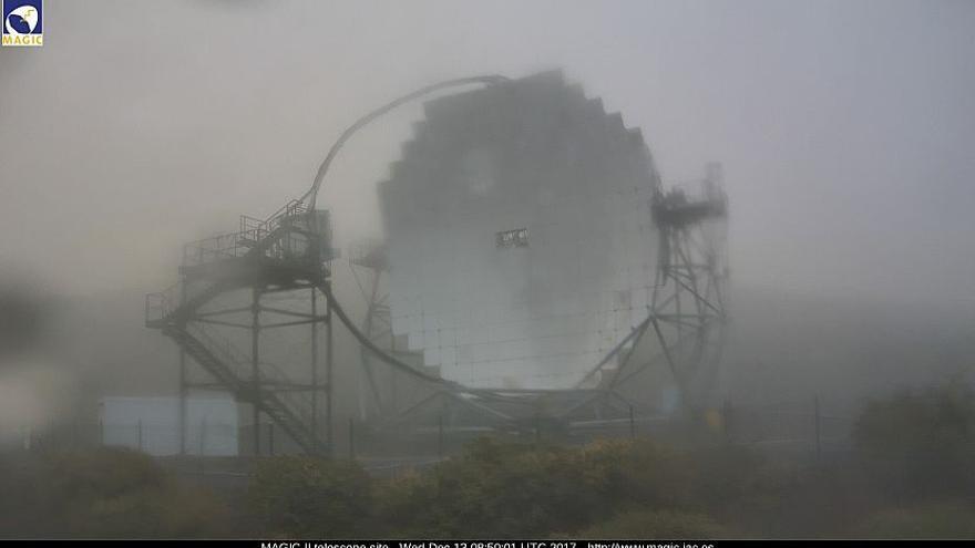 En la imagen, entorno de los telescopios MAGIC del Observatorio del Roque de Los Muchachos, este miércoles. Imagen captada de la webcam de los MAGIC.