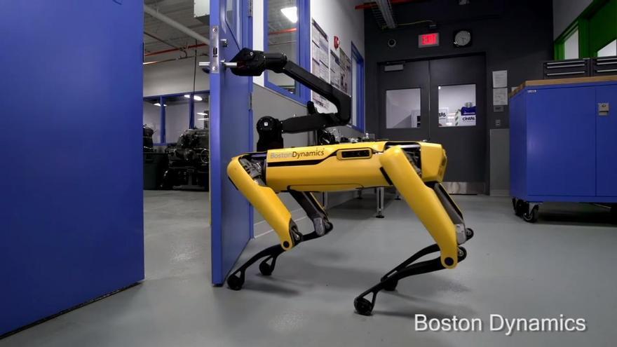 Robot puerta