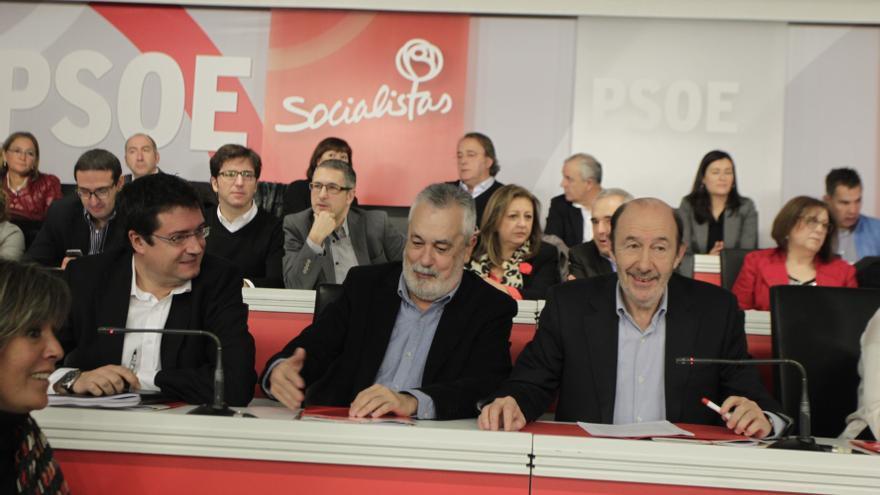 El PSOE sólo contempla primarias para elegir candidatos allí donde gobierna si lo pide el 40 por ciento de la militancia