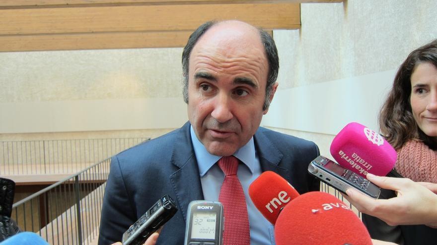 """Ayerdi dice que el Gobierno sigue trabajando la respuesta sobre el TAV y que ese trabajo """"tendrá el tiempo que requiera"""""""