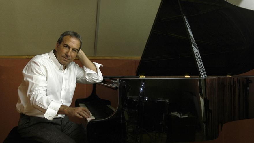 La gira de José Luis Perales recalará en el Palacio de Festivales el 1 de julio