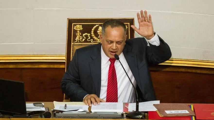La Asamblea Nacional dice que hay papel de prensa sin retirar en un puerto de Venezuela