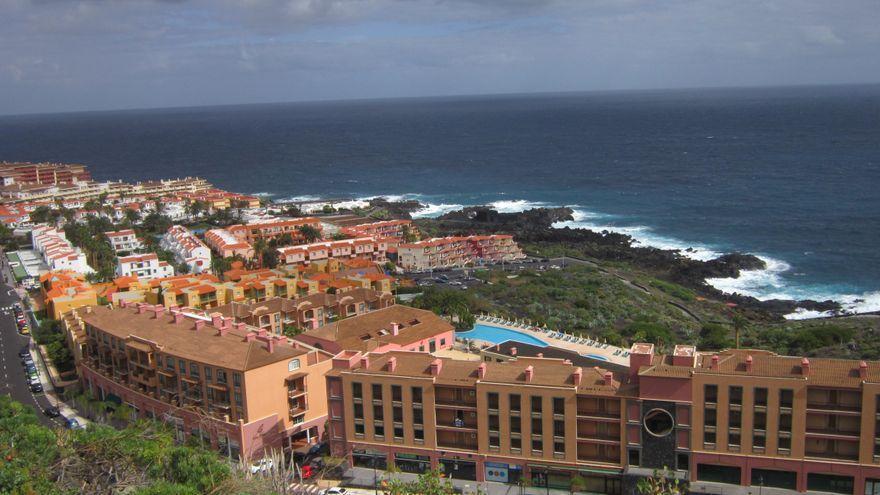 El Informe Sectorial de Turismo del segundo trimestre recoge un descenso del 99,5% en la cifra de turistas alojados en hoteles canarios