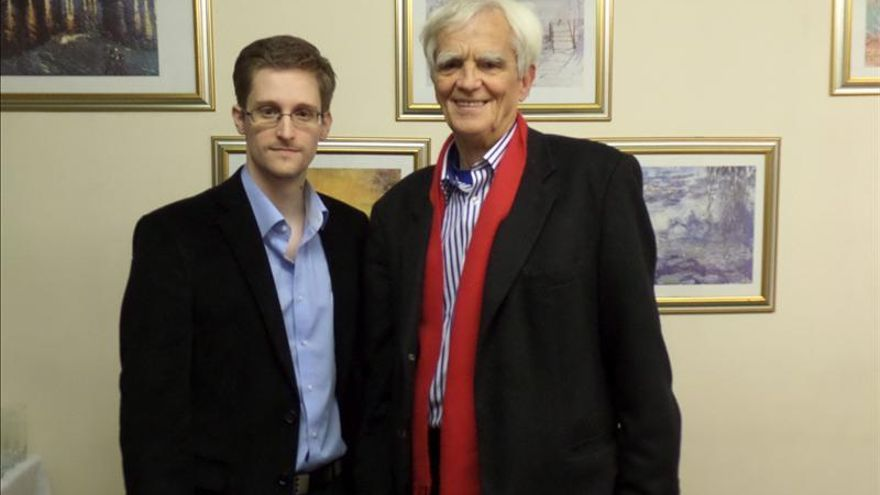 Snowden ofrece por carta a las autoridades alemanas aclarar el espionaje de EEUU