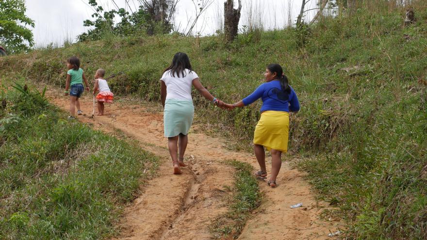Mujeres indígenas desplazadas en Colombia