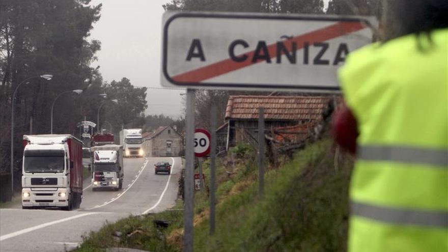 Un camión se incendia y obliga al corte provisional de un túnel de Pontevedra