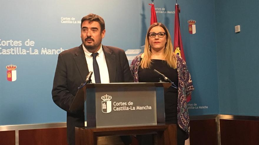 Los diputados Rafael Esteban (PSOE) y María Díaz (Podemos)