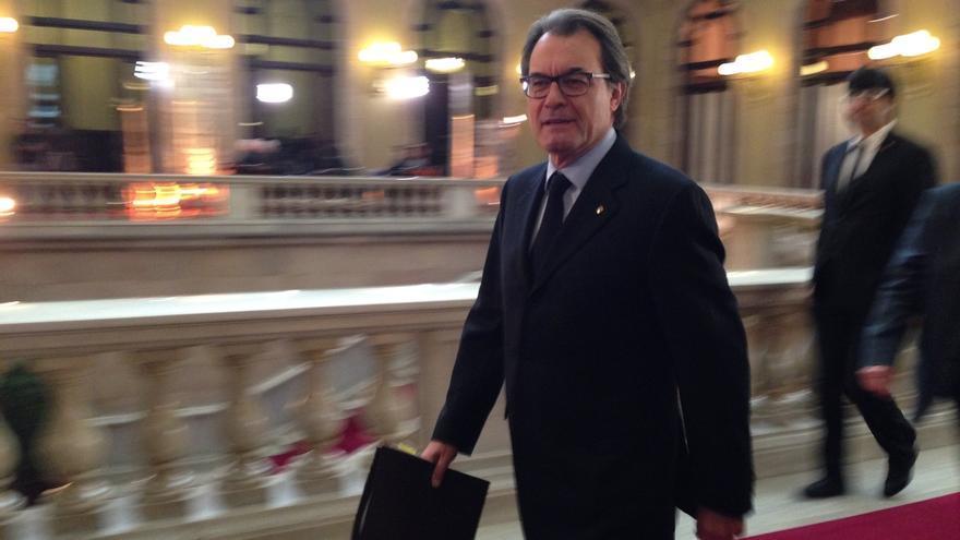 """Empieza el pleno para aprobar la """"desconexión"""" de Cataluña con España con el texto de JxSí-CUP"""