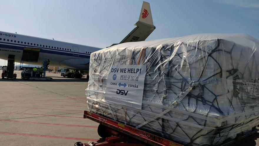 Equipamiento llegado a Barcelona en un vuelo de Air China procedente de Shangai, en una imagen de archivo