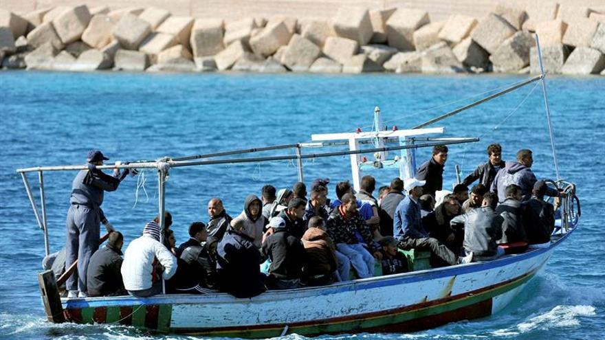 Cerca de 25.000 tunecinos han emigrado desde el inicio de la primavera árabe