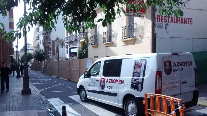 Comienzo del retranqueo de fachadas en la calle Valverde Lillo de Mérida