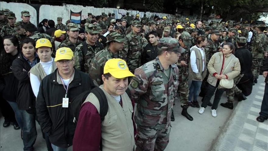 Paraguay moviliza a militares y policías en gran operación contra el dengue