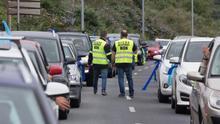 Una caravana de 16 kilómetros de coches reclama soluciones para evitar el cierre de Alcoa en San Cibrao (Lugo)