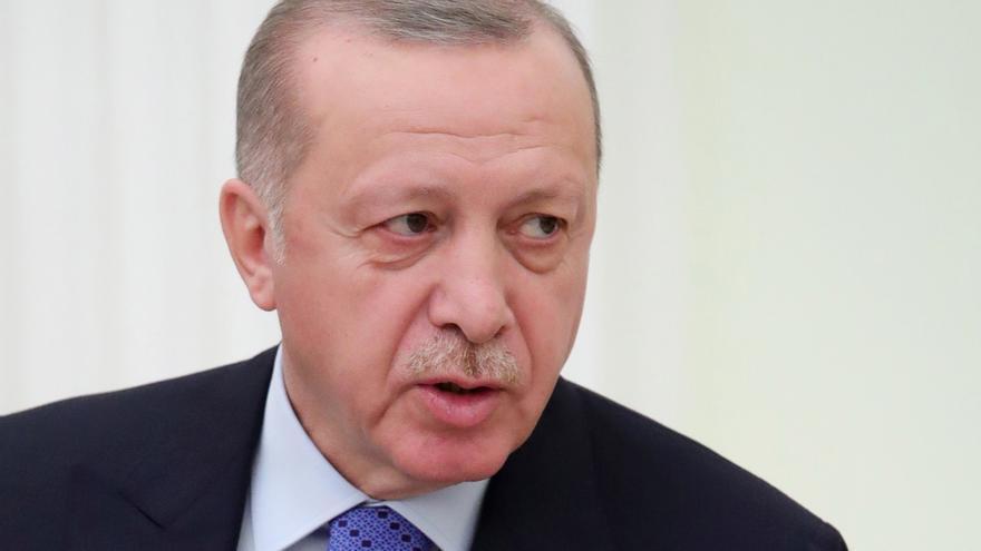 Según CNNTürk el presidente turco, Recep Tayyip Erdogan, ha ordenado a tres ministros que se desplacen al lugar de la explosión.
