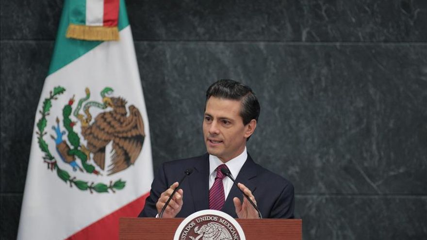 "Peña Nieto rechaza legalización de marihuana, pero pide abrir ""amplio debate"""