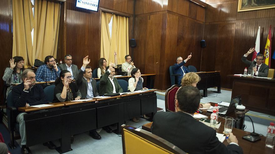 Pleno del Ayuntamiento de Santander. 15 de abril de 2016.