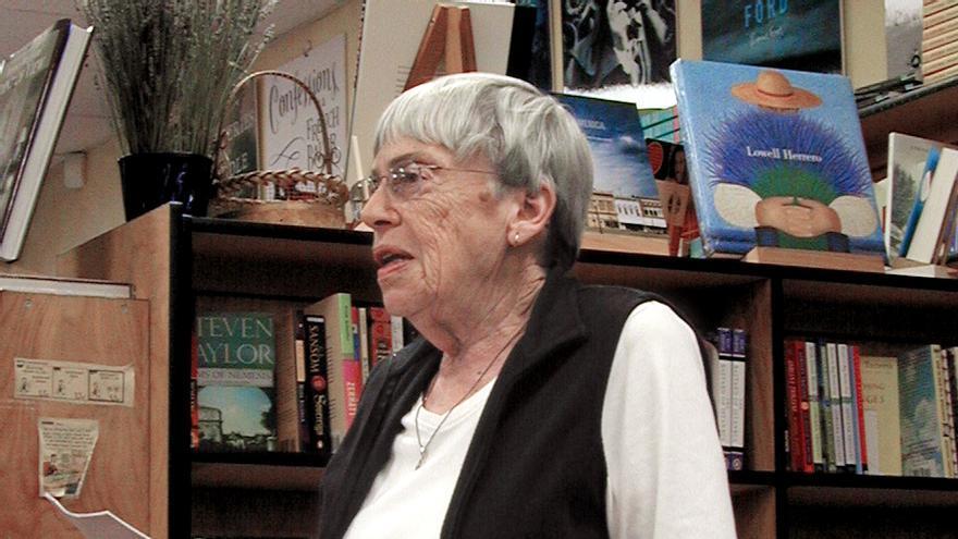 La escritora estadounidense Ursula K. Le Guin (Imagen: Wikipedia)