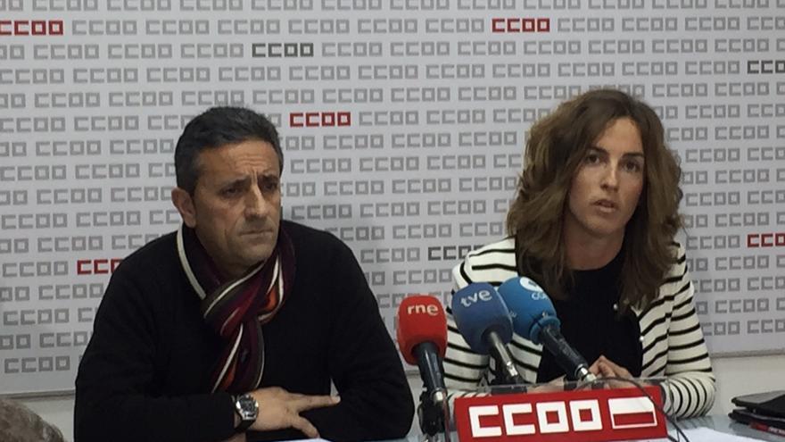 Carmelo Renedo y Ángela Sobrino de CCOO en rueda de prensa.