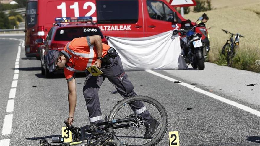 Muere un ciclista atropellado en Erice de Iza (Navarra)