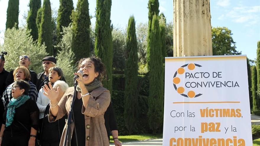 El Pacto de Convivencia recuerda a las víctimas de los atentados en Cataluña
