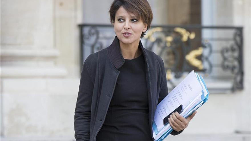 Francia pondrá 300 millones de euros hasta 2020 contra el fracaso escolar