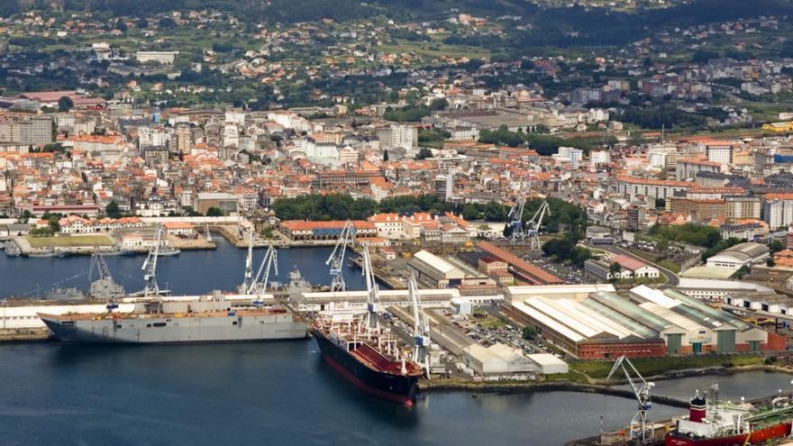 El peso del sector naval y las instalaciones militares marcan la vida de Ferrol