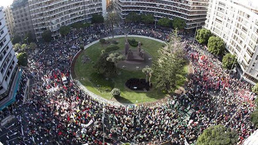 Manifestación en la Plaza de España de LPGC. (ACN PRESS)