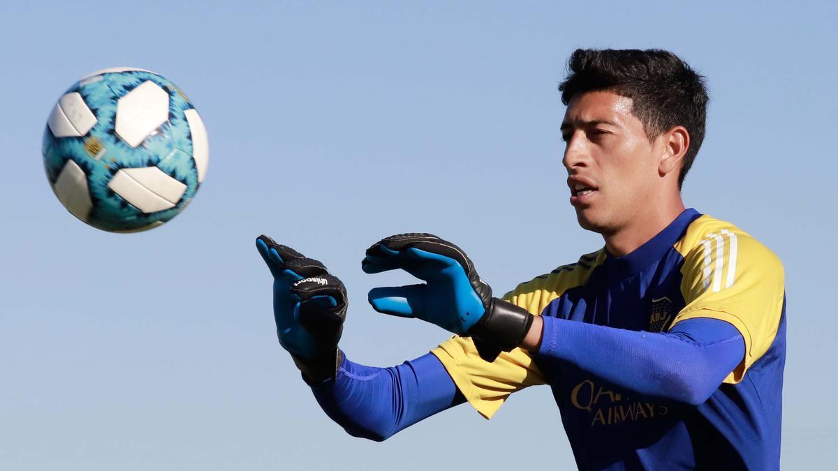 Esteban Andrada quedó aislado en Ecuador, positivo de Covid-19.