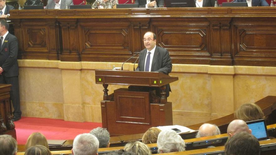 Iceta pide a Mas que acate la resolución del TC y le pide que no divida la presidencia como ha hecho con Cataluña y CiU