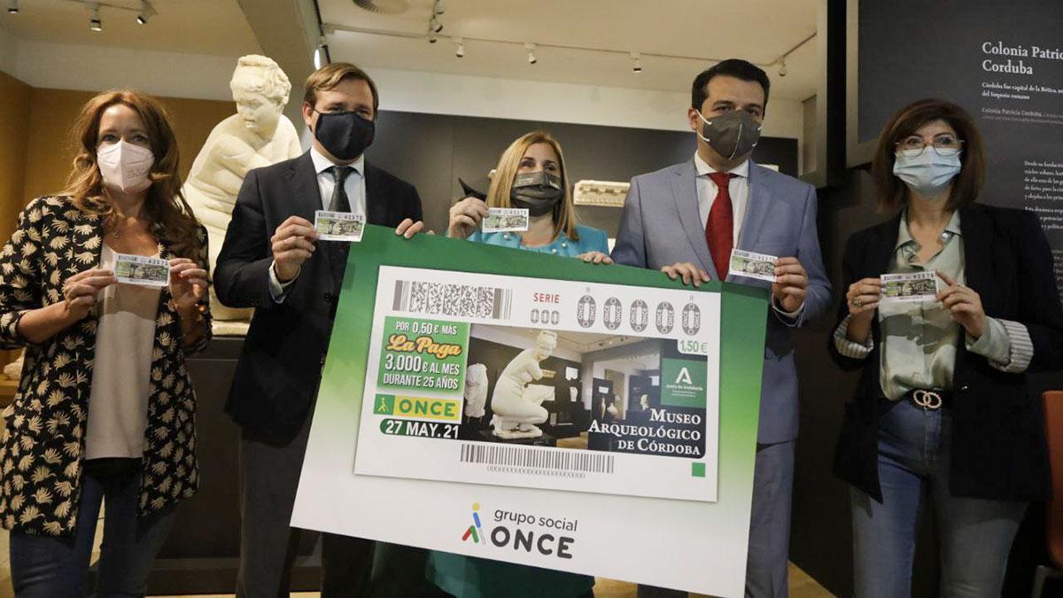 Presentación del cupón de la ONCE que llevará la imagen del Museo Arqueológico de Córdoba