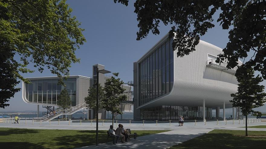 Los Reyes de España inaugurarán este viernes el Centro de Arte Botín tras cinco años de obras.   Enrico Cano