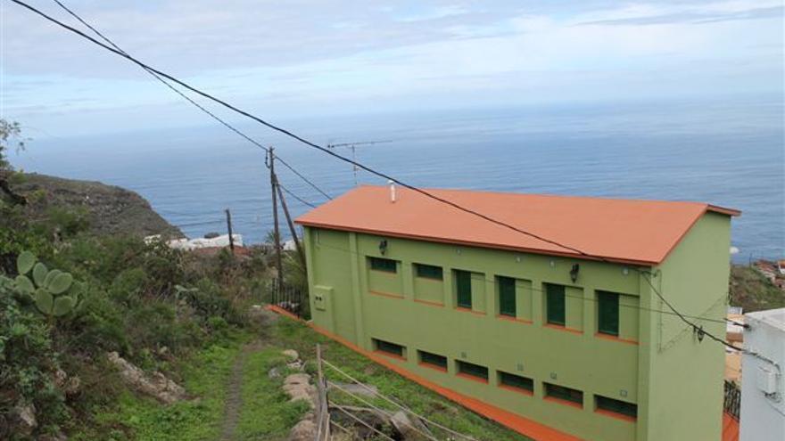 Albergue juvenil de la red insular del Cabildo ubicado en la antigua escuela rural del pago de El Tablado del municipio de Garafía.