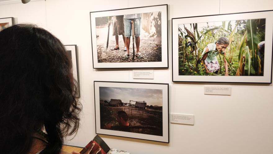 La exposición puede verse en el Espacio Joven de Santander situado en la calle Cuesta del Hospital.