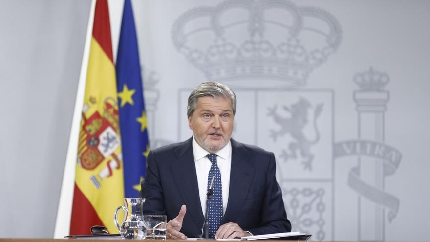 """Méndez de Vigo satisfecho con el triunfo de Merkel, """"una aliada en momentos difíciles como 2012"""""""
