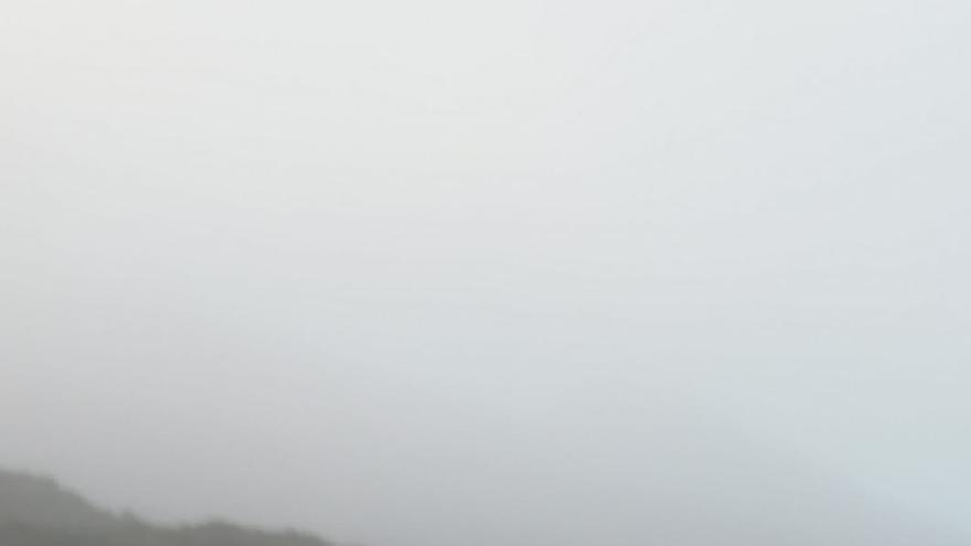 Hielo este viernes en la carretera interior del Observatorio del Roque de Los Muchachos