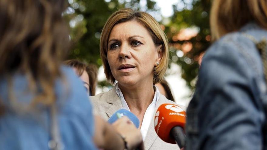 """Cospedal apela a los """"huérfanos"""" de Ciudadanos cuyo voto no sirve """"para nada"""""""