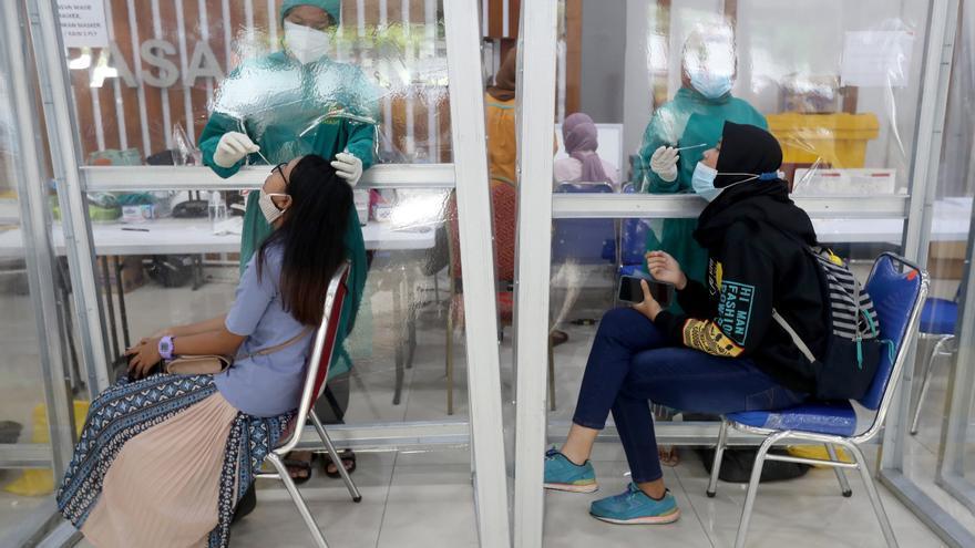 Indonesia supera el millón de contagios de la covid-19