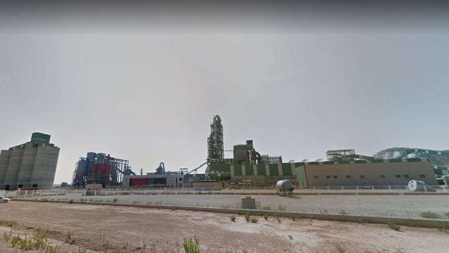 Imagen de la planta que Cemex nunca llegó a inaugurar en Teruel (Andorra).